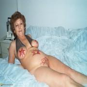 kinky amateur wife getting frisky