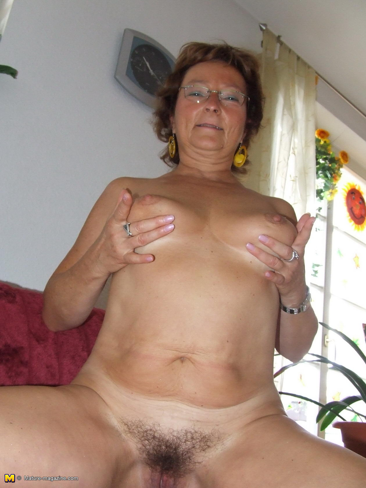 Amateur mom nicola gets anal sex from son 10