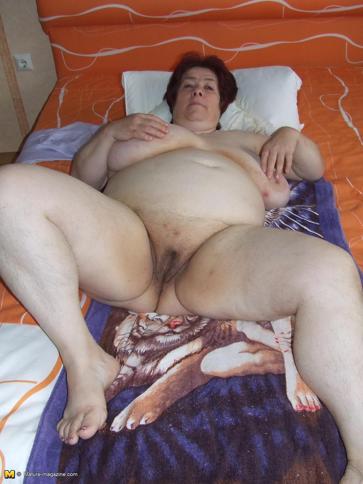 Kane naked