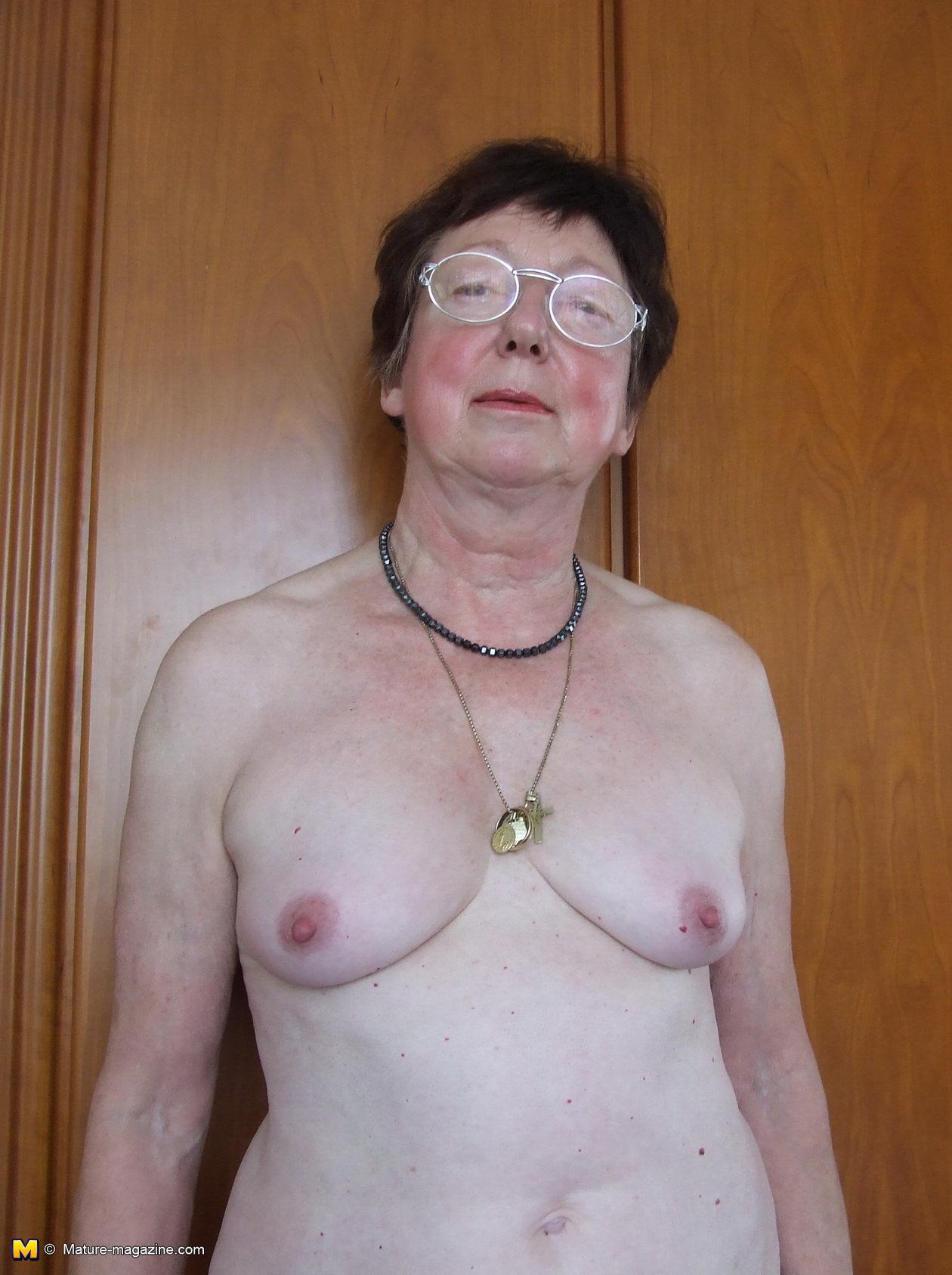 Really big boobs naked moving