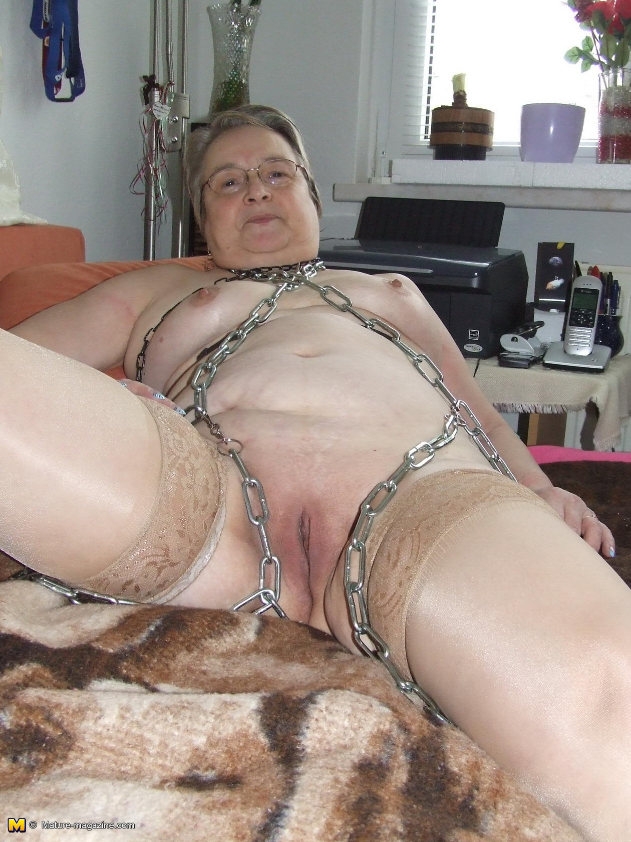 Theme.... mature naked tied up be
