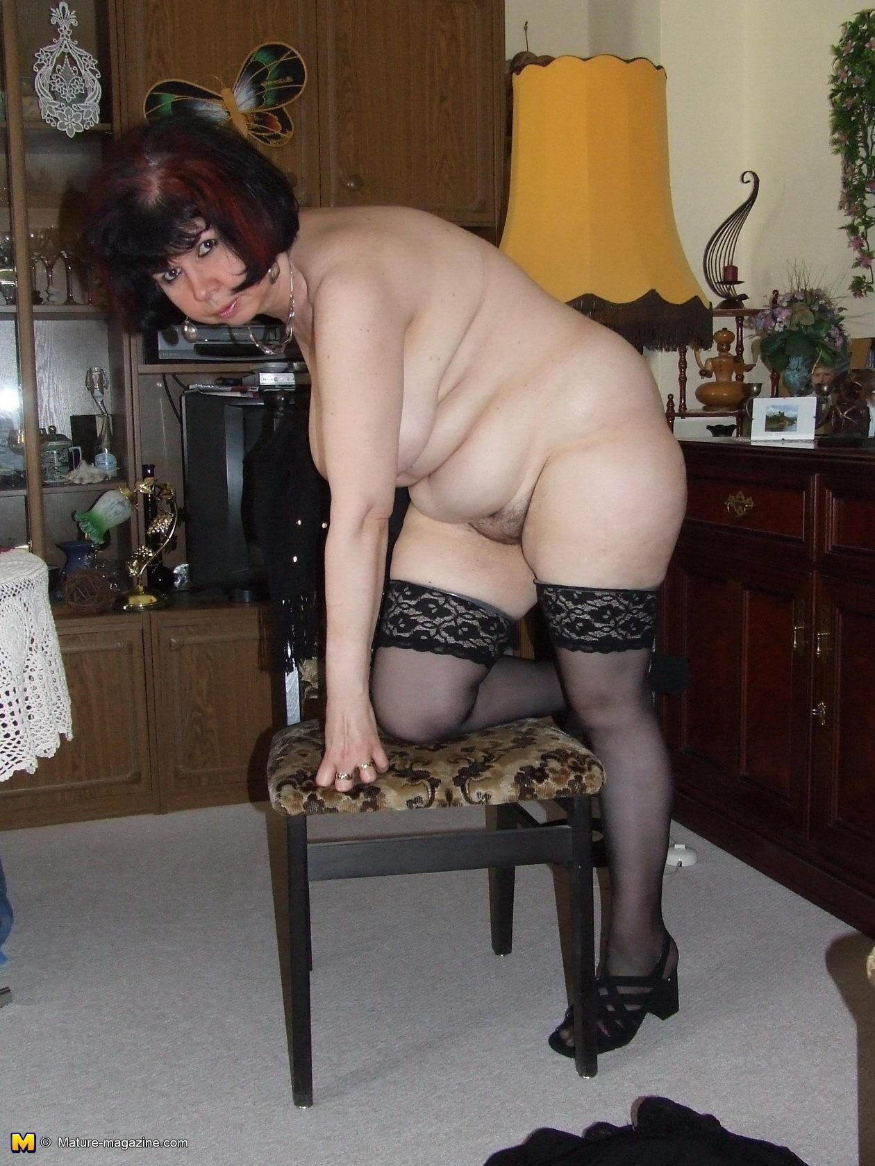 Living room wrestling mature women have hit