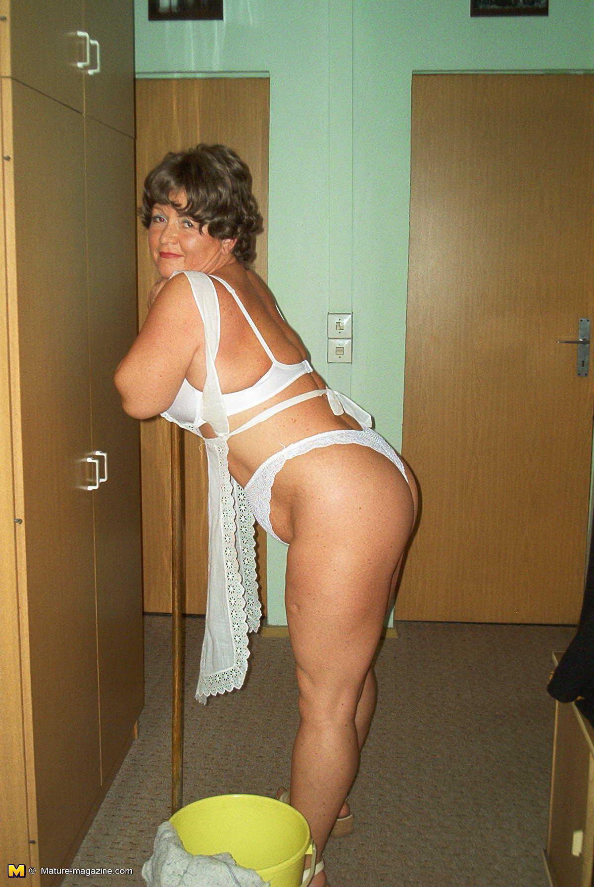Cleaning lady naked