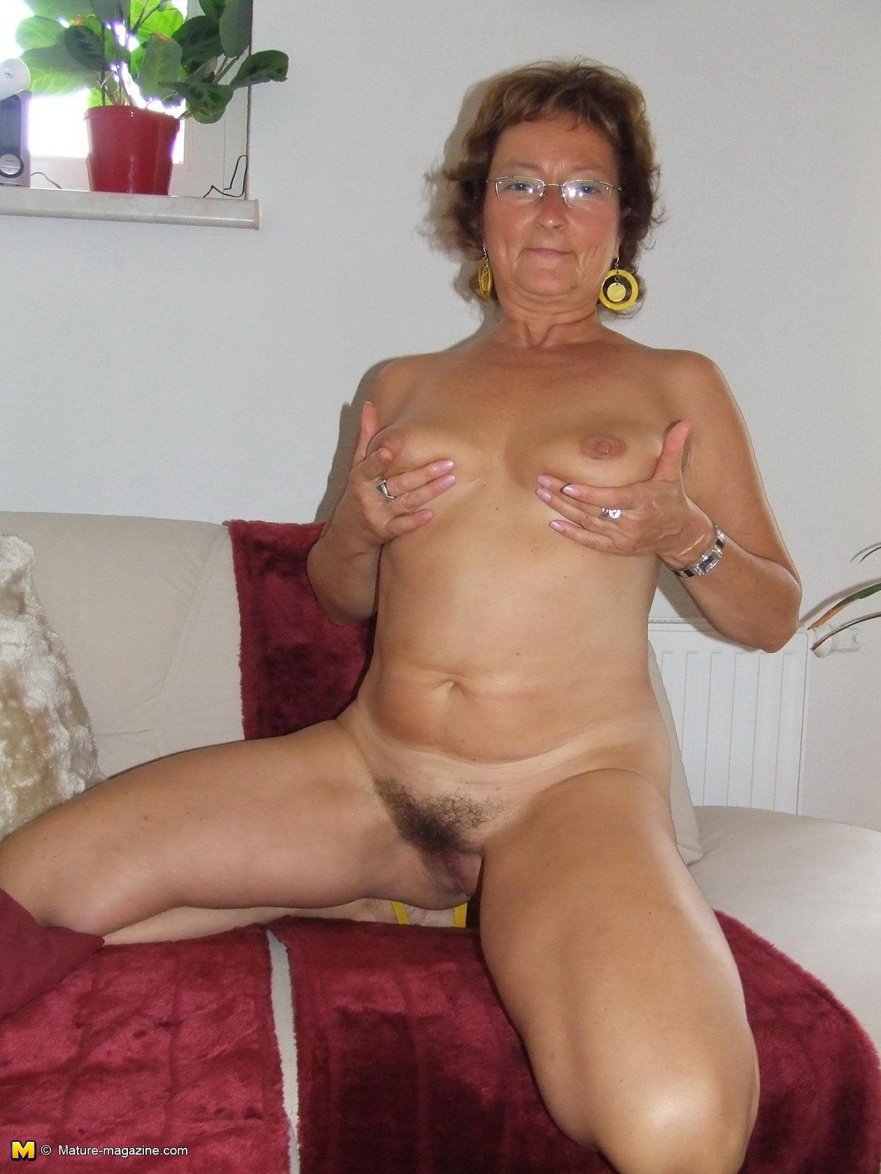 Big boob femdom videos